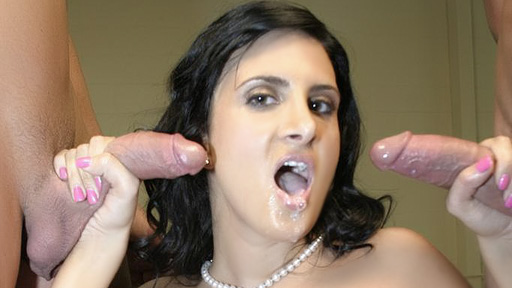 empty Simultaneous Handjob